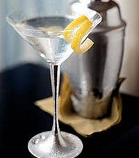 The Perfect Dry Martini Recipe