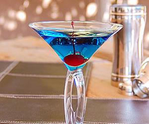 Blue Arrow Cocktail