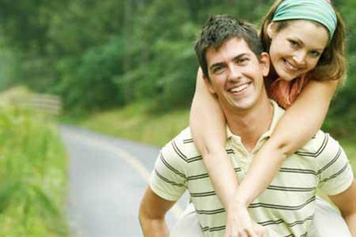 5 Habits Of Happiest Couples