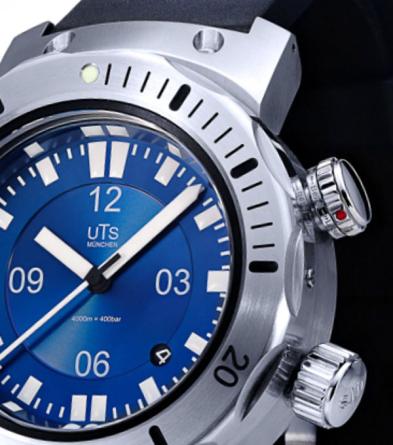 UTS 4000M Pacific Horizon Blue Dive Watch