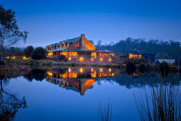 Top 10 Extraordinary Places to Stay in 2014