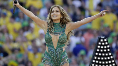 Jennifer Lopez Looks Incredible Kicks World Cup Brazil Performing Stage Pitbull