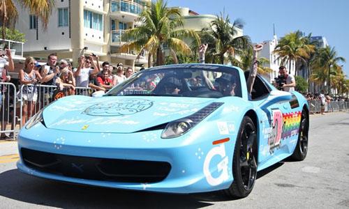 Deadmau5's Nyan Cat car is an eyesore for Ferrari