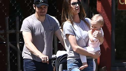 Jeremy Renner's wife Sonni Pacheco files for Divorce