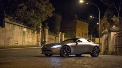 Aston Martin DB10 in the Spotlight at Spectre World Premiere
