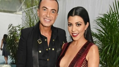 Kourtney Kardashian Flaunts Her Cleavage at the Glamour Women Of The Year Awards