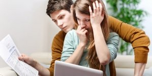 5 Signs You Rely on Your Partner Way Too Much