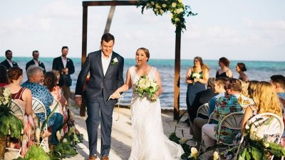 How to Plan A Destination Wedding: 11 Tips to Consider