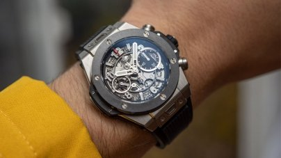 Watch Review: Hublot Big Bang Unico Titanium Ceramic 42mm Scales Things Back A Bit