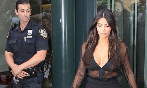 Femme fatale Kim Kardashian