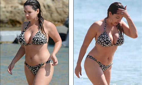 Kelly Brook in Hot Bikini