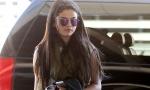 Makeup free Selena Gomez