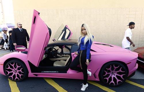 Nicki Minaj Lamborghini Aventador
