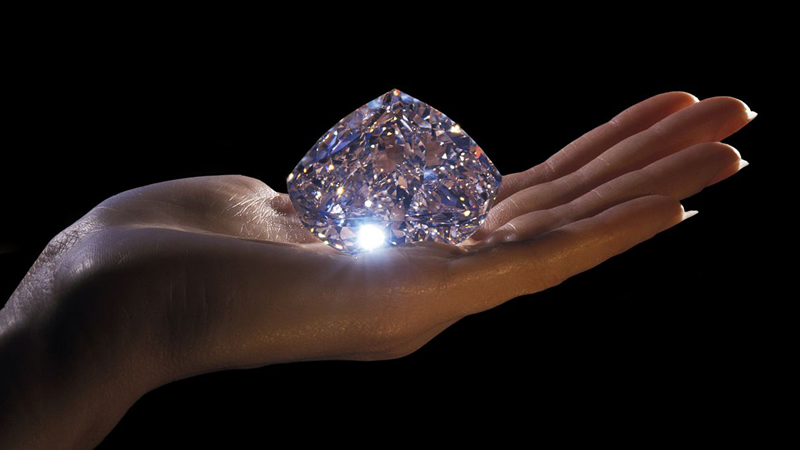 TOP 14 MOST EXPENSIVE DIAMONDS IN THE WORLD OF 2021